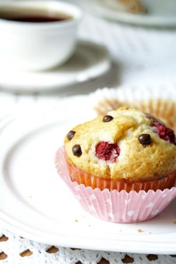 muffinki z malinami i z czekoladą