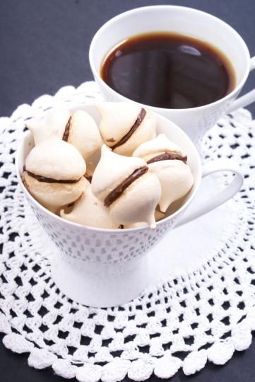 Beziki z czekoladowo-kawowym kremem