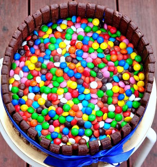 dziecięcy tort urodzinowy