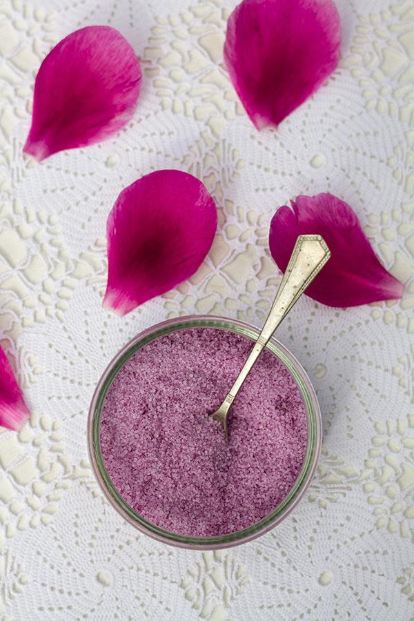 Różowy cukier piwoniowy