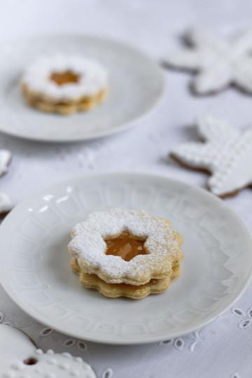 Kruche ciasteczka z dżemem Linzer