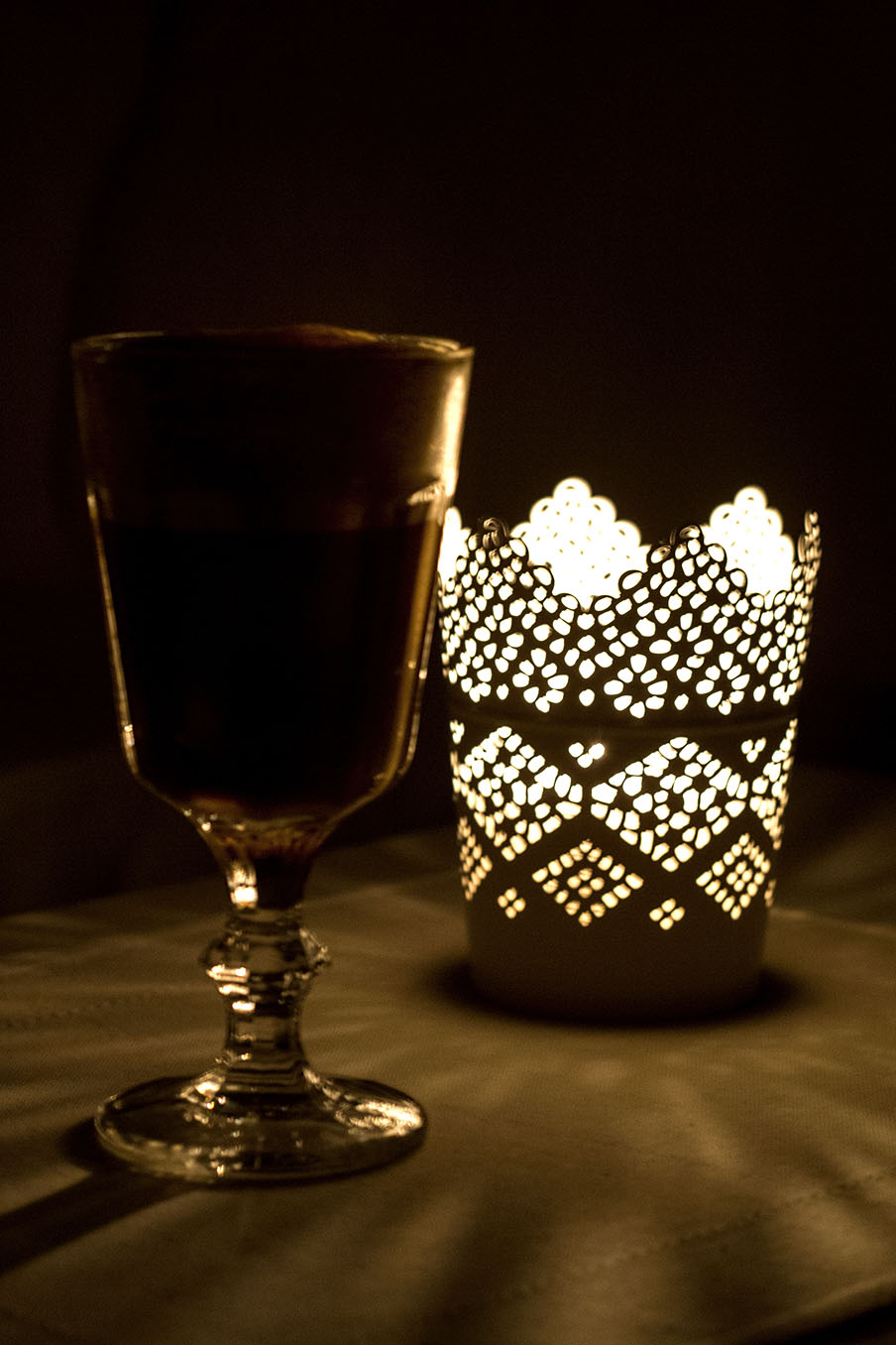 Grzane ciemne piwo (porter) z koglem moglem