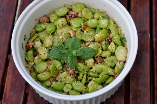 salatka z bobu i boczku