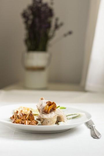 Polędwiczki wieprzowe z lawendą i kurkami