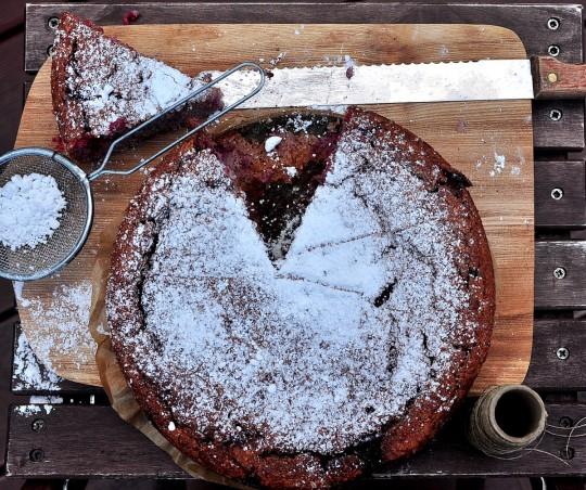 malinowe ciasto z kaszy jaglanej