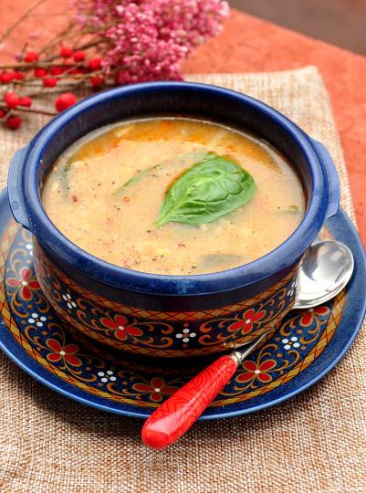 zupa z soczewicy z wędzoną papryką