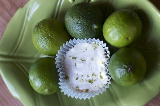 limonkowe mini serniczki z nerkowców
