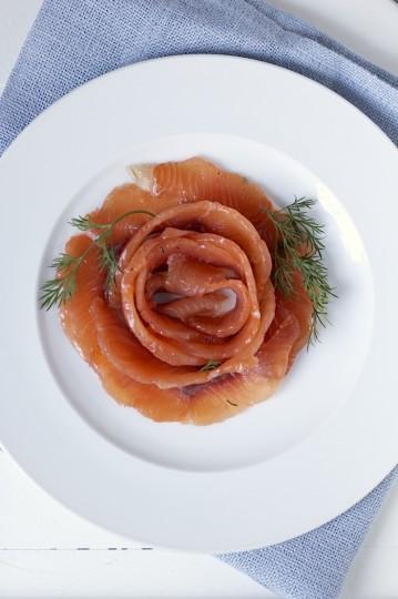 Gravlax - łosoś marynowany w imbirze