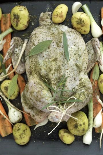 Kurczak pieczony z dzikimi ziołami