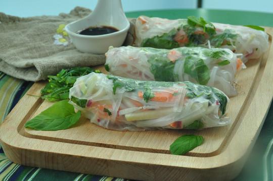 sajgonki z chrupkimi warzywami