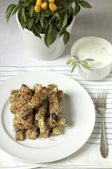frytki z baklazana i cukinii w panierce ze slonecznika i sera