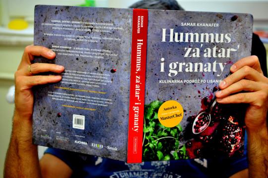 hummus, za'atar i granaty