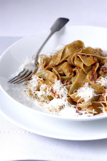 Tagliatelle (a nie spaghetti) alla bolognese