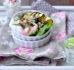 Sałatka z cukini i szpinaku z jajkiem w koszulce – Cisowianka – Gotujmy zdrowo