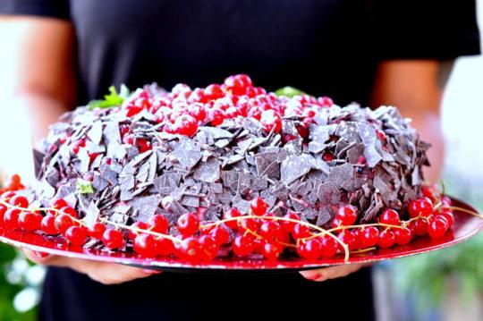 ciasto czekoladowe z porzeczkami