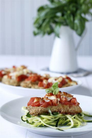 Filet z kurczaka z piekarnika z pomidorami i cukinią